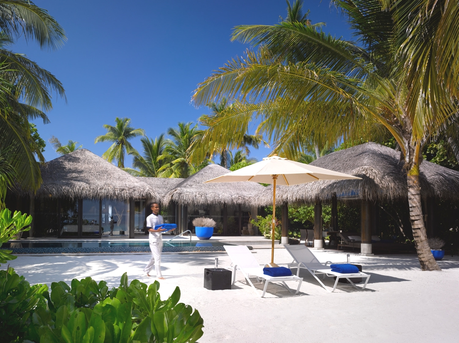 Luxury-Maldives-Resort-Velaa-Private-Island-Adelto-06
