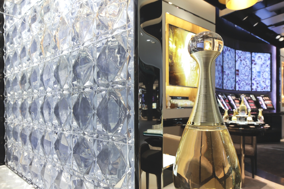 Luxury-Store-Design-Dior-London-Adelto-00