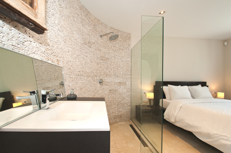 Luxury-Villa-Morna-Valley-Ibiza-Adelto-03