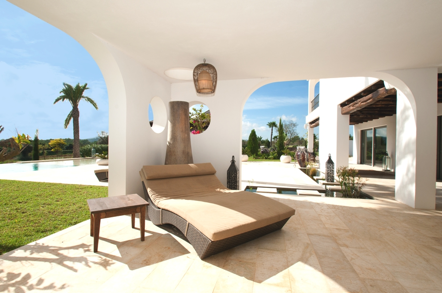 Luxury-Villa-Morna-Valley-Ibiza-Adelto-19