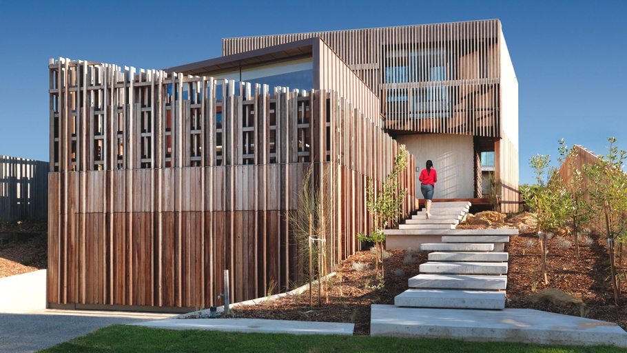 Contemporary-Coastal-House-Australia-Adelto-01