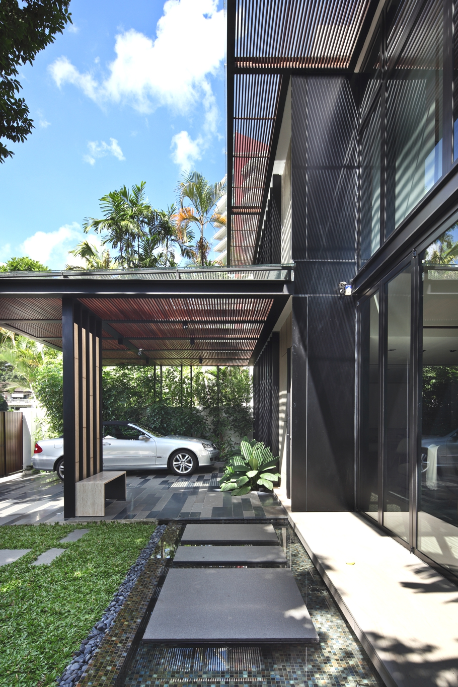 Contemporary-Home-Design-Singapore-Adelto-01