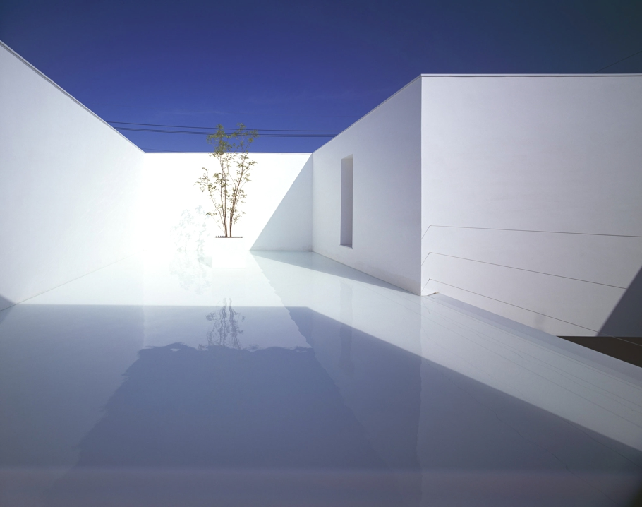 Contemporary-Home-Japan-Adelto-01