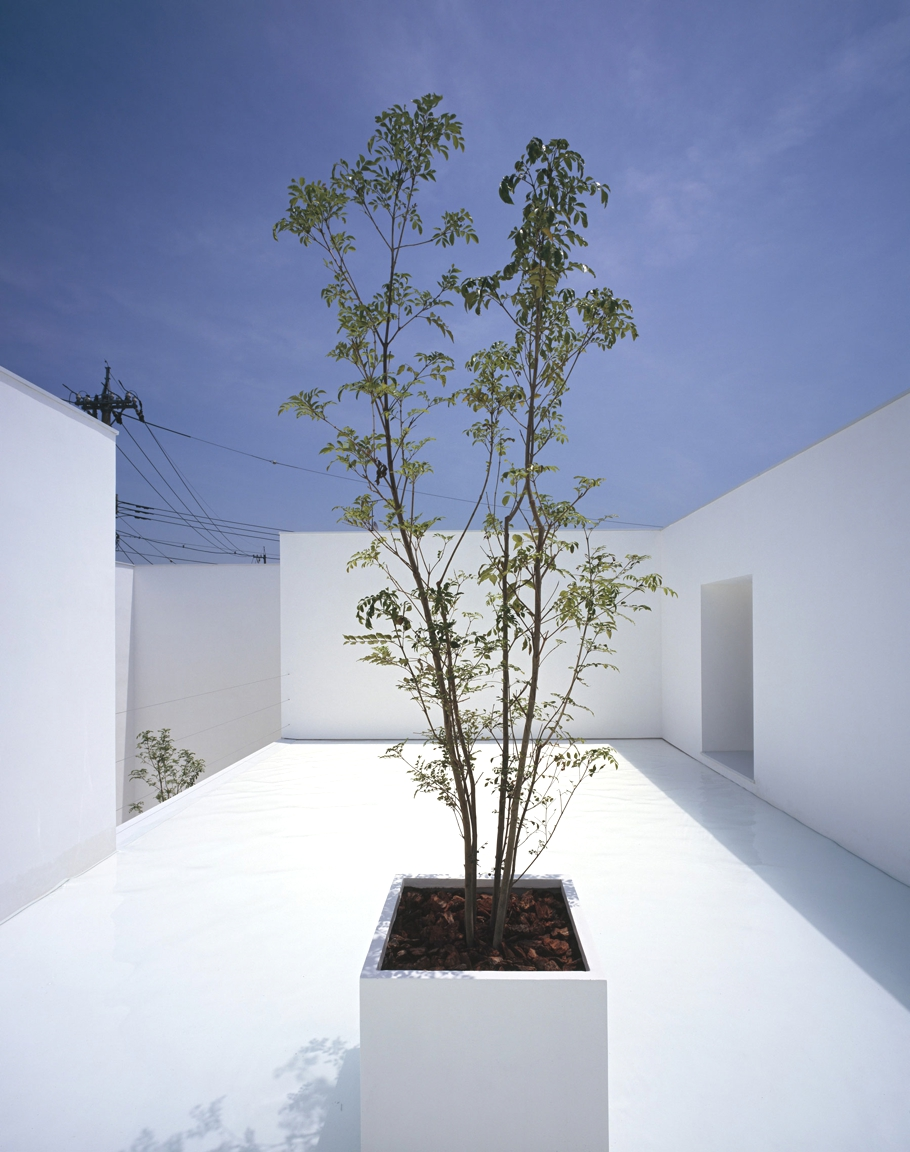 Contemporary-Home-Japan-Adelto-03