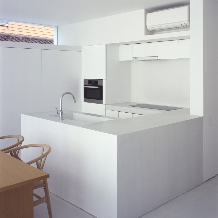 Contemporary-Home-Japan-Adelto-11