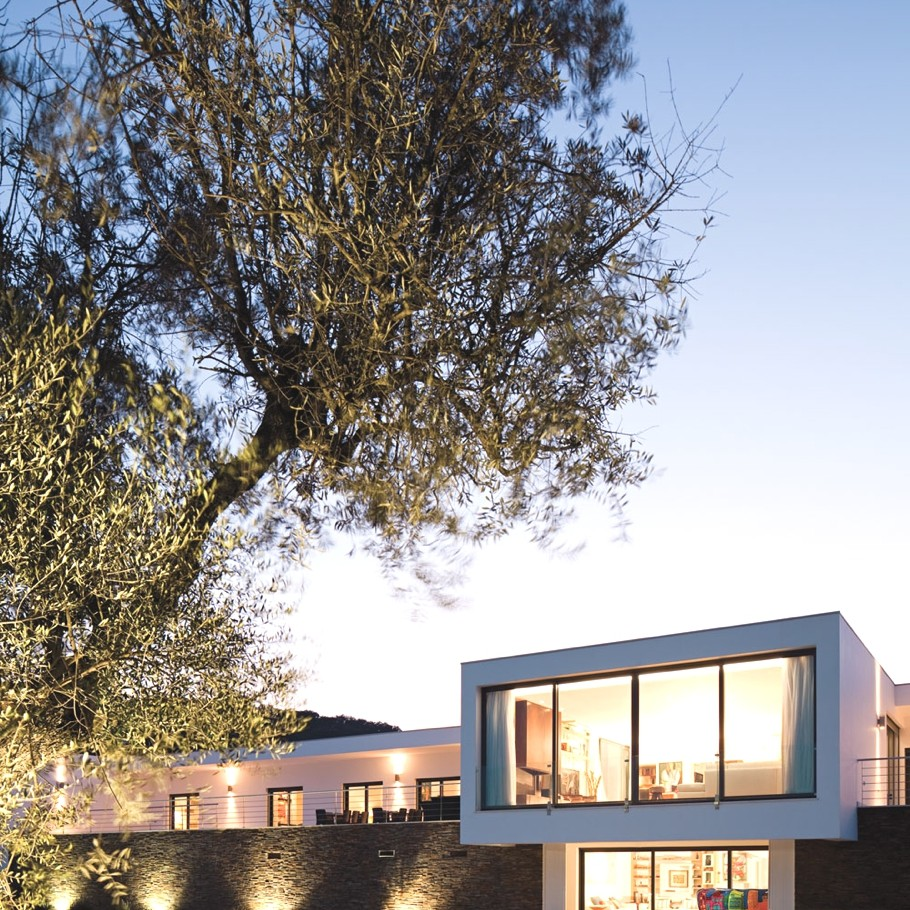 Contemporary-Home-Portugal-Adelto-09