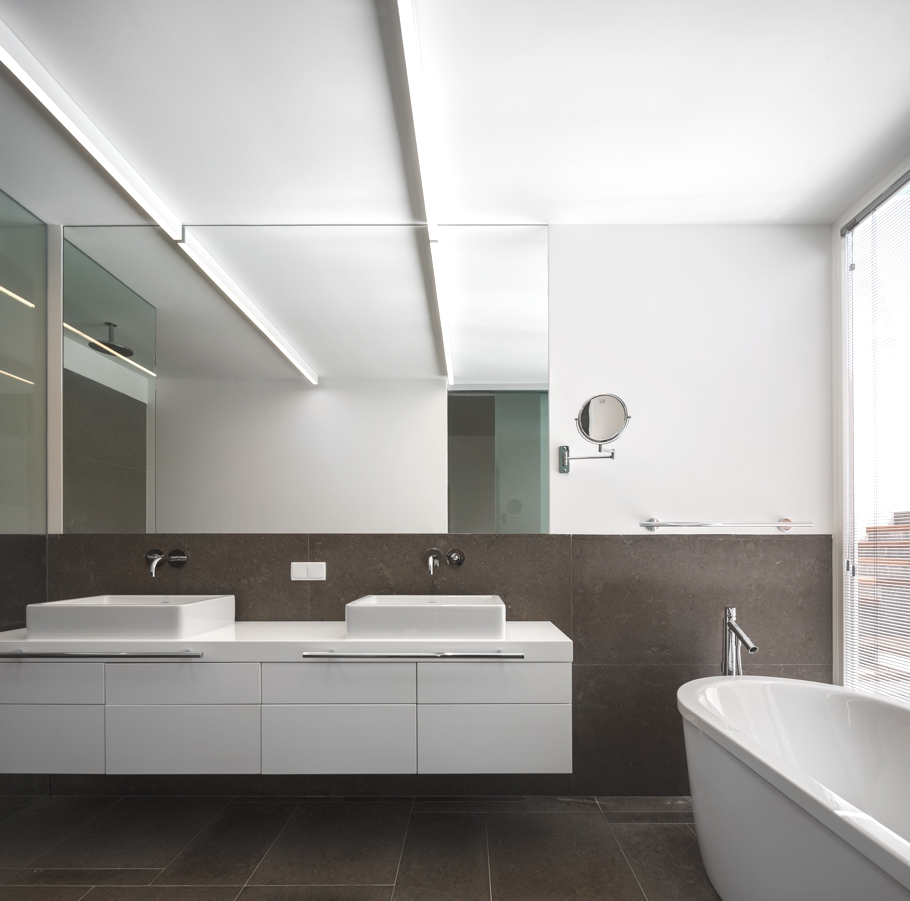 Contemporary-Property-Design-Portugal-Adelto-02