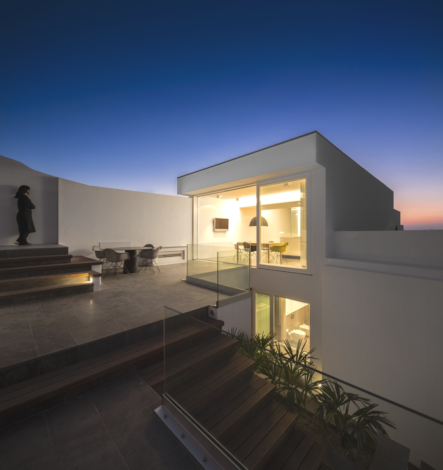 Contemporary-Property-Design-Portugal-Adelto-11