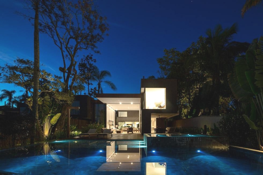 Luxury-Brazilian-property-Adelto-04