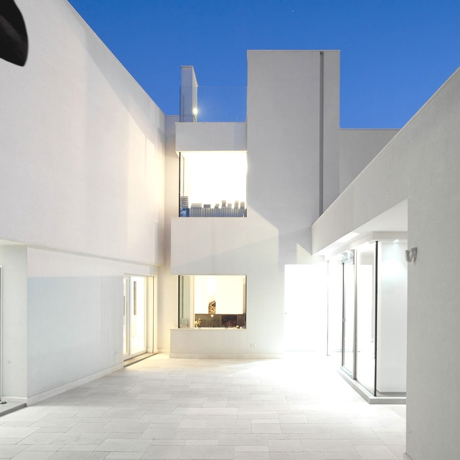 Luxury-Italian-Villa-Adelto-08