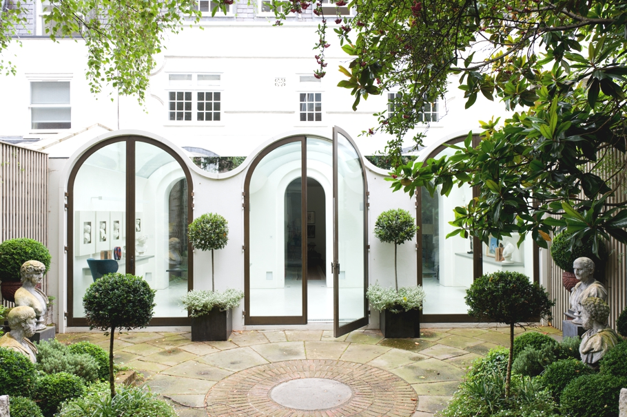 Luxury-London-Mews-House-Adelto-14