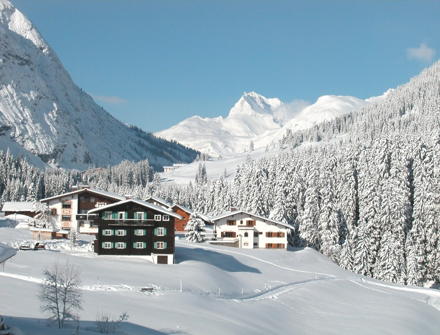Luxury-Ski-Holiday-Austria-Lech-Adelto-03