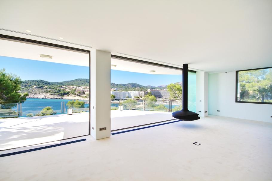 Luxury-Spanish-Home-Adelto-28
