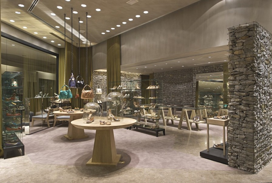 Luxury-Store-Design-Brazil-Adelto-05