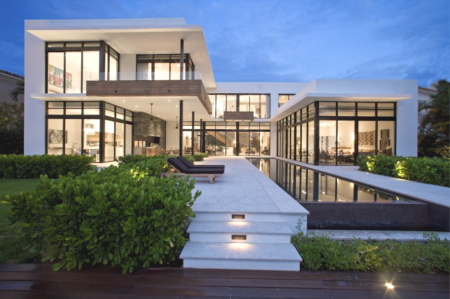 Modernist south island residence by kz architecture for Contemporary homes for sale in florida