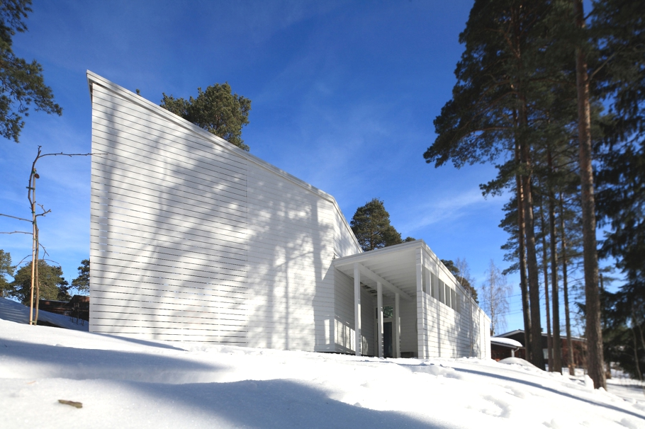 Contemporary-Homes-Finland-Adelto-03