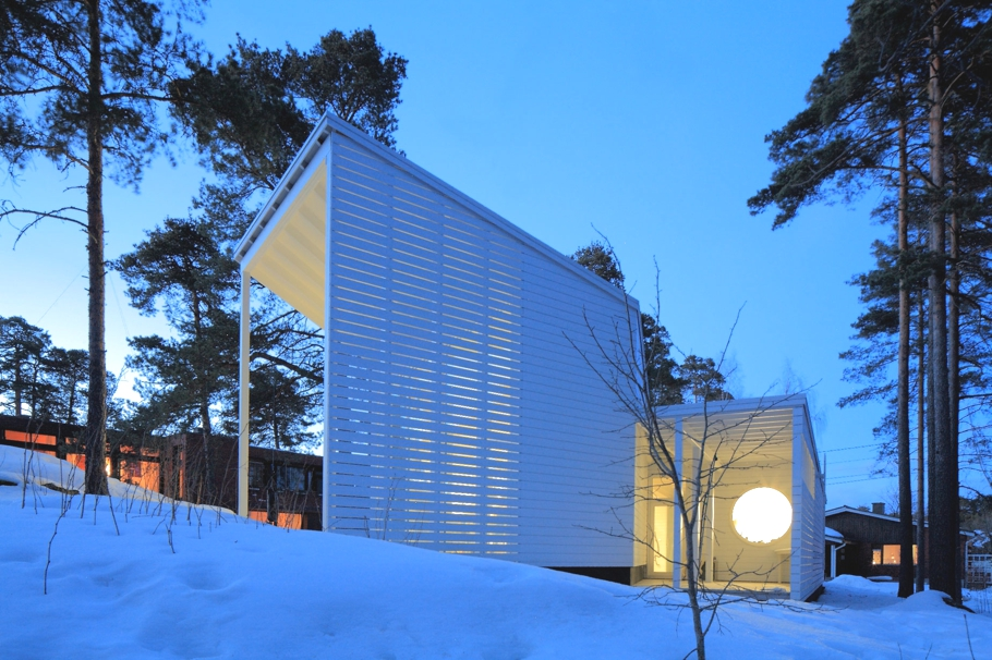Contemporary-Homes-Finland-Adelto-16