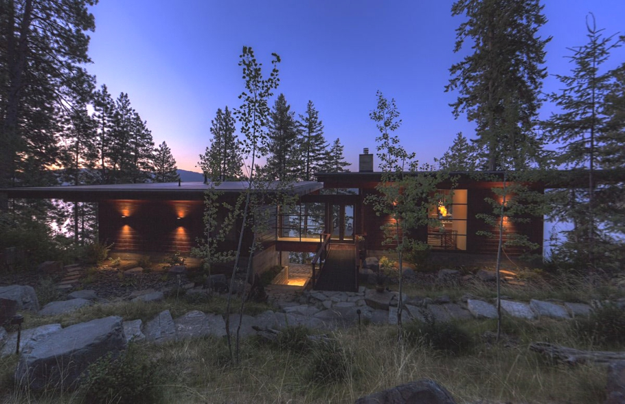 Contemporary-Homes-Idaho-Adelto-07