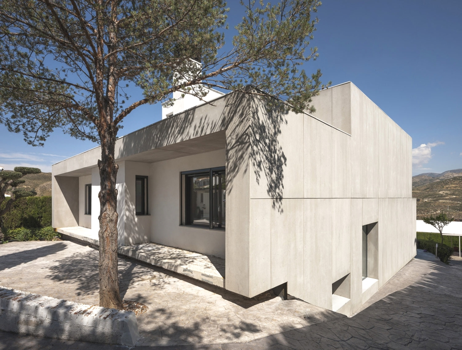 Contemporary-Homes-Spain-Adelto-02