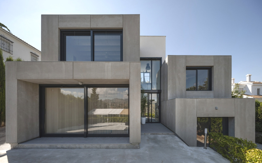 Contemporary-Homes-Spain-Adelto-03