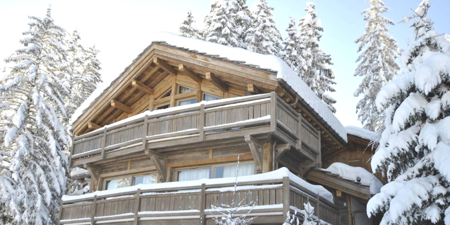 Luxury-Chalet-Courchevel-Adelto-00
