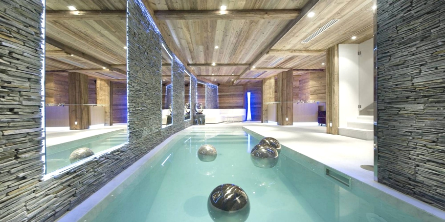 Luxury-Chalet-Courchevel-Adelto-11