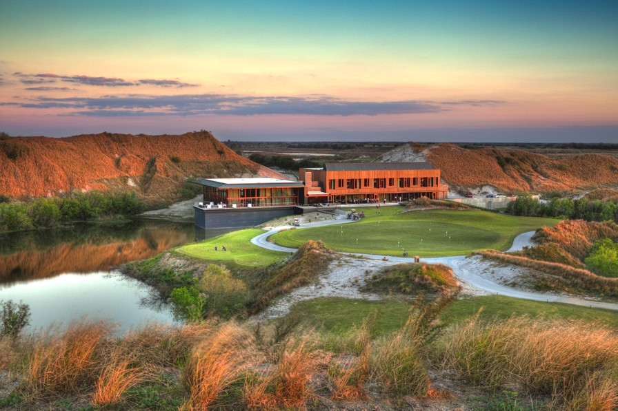 Luxury-Golf-Resort-Streamsong-Florida-Adelto-02