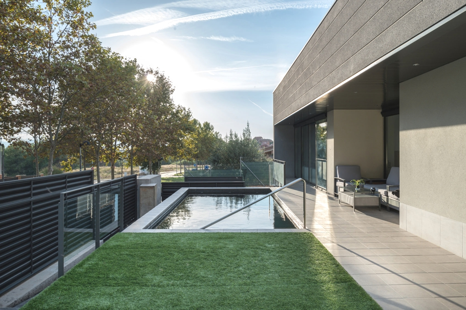 Luxury-Home-Design-Spain-Adelto-04