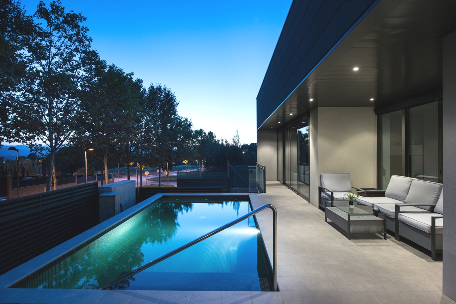 Luxury-Home-Design-Spain-Adelto-10