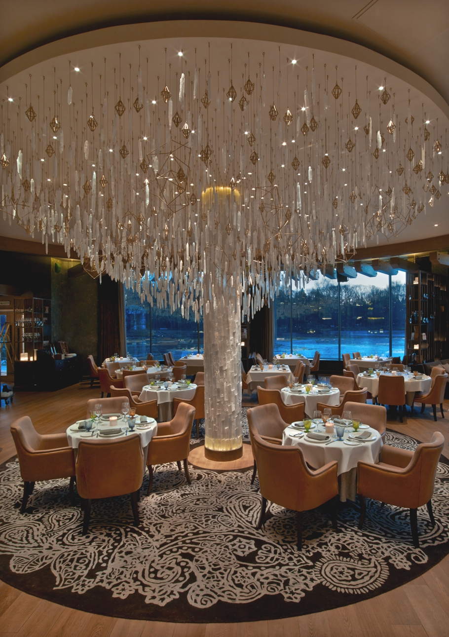 Luxury restaurant design il lago dei cigni by the gallery