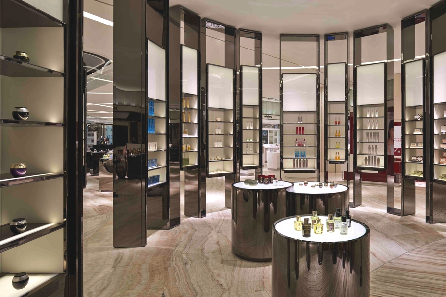 Luxury-Store-Design-Shanghai-Adelto-00