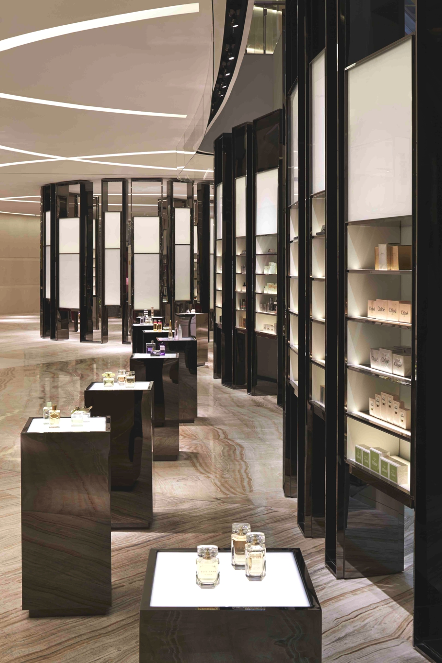 Luxury-Store-Design-Shanghai-Adelto-01
