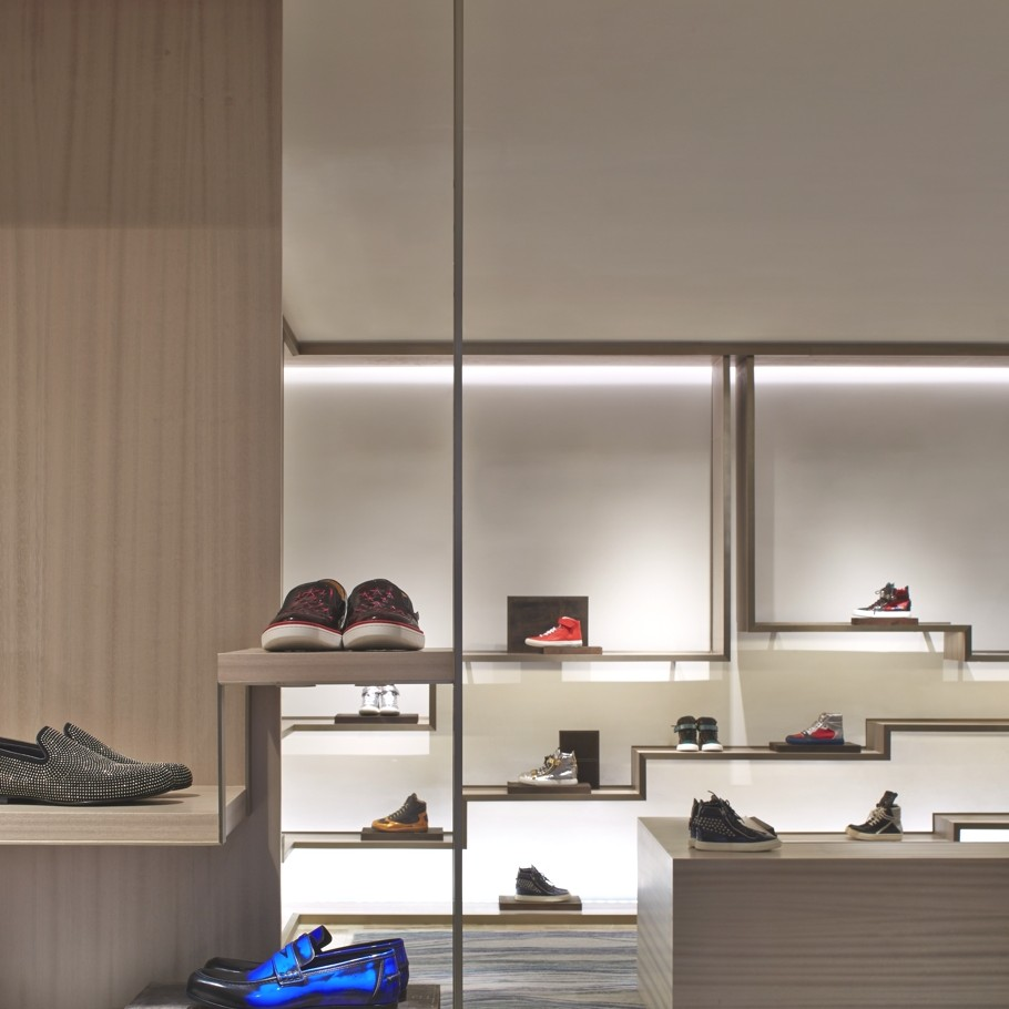 Luxury-Store-Design-Shanghai-Adelto-09