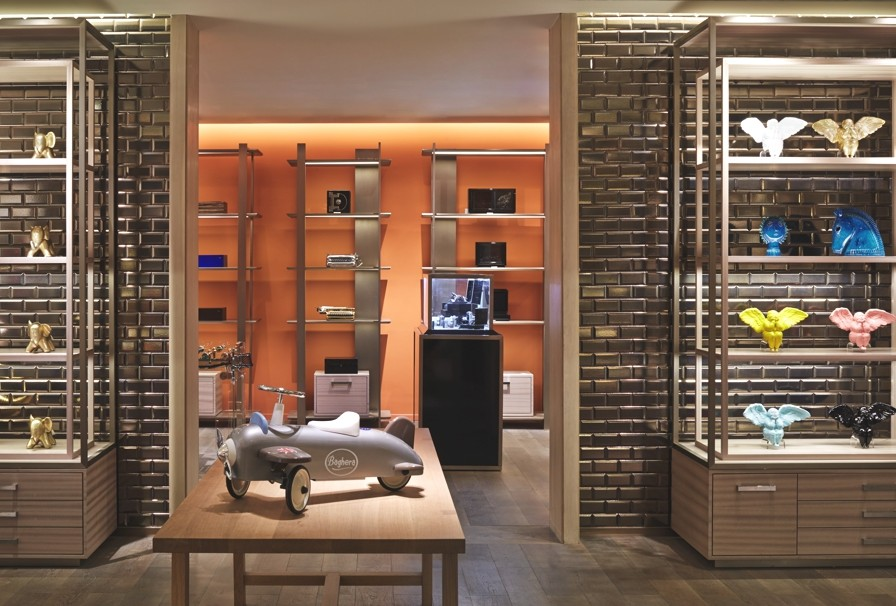 Luxury-Store-Design-Shanghai-Adelto-12