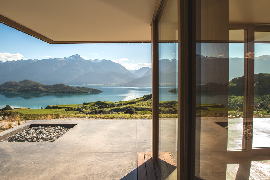 Luxury-wellness-retreat-Aro-Ha-New-Zealand-Adelto-09