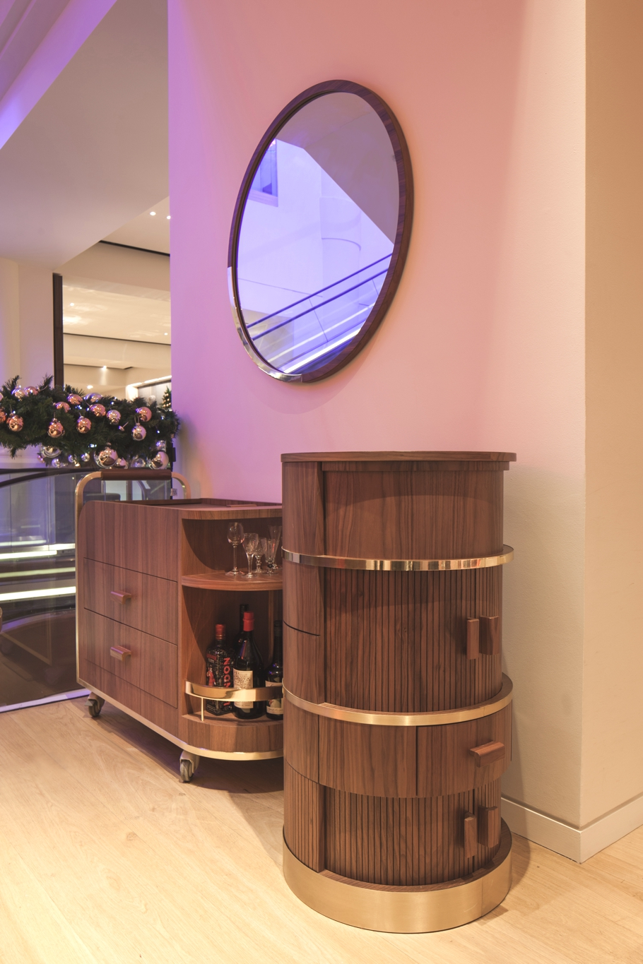 Marks-Bar-Selfridges-Designed-by-Lee-Broom-Adelto-04