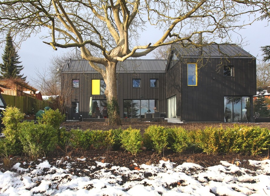 Sustainable-Home-Design-England-Adelto-00