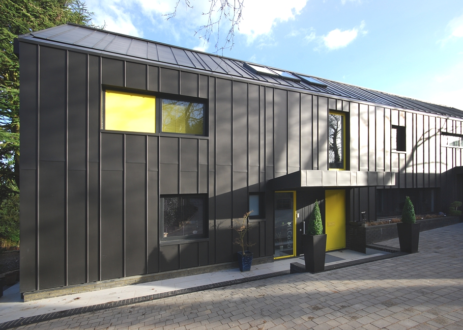 Sustainable-Home-Design-England-Adelto-01