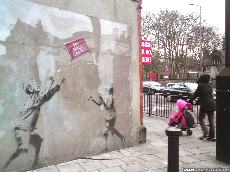 Banksy artwork to be sold at a luxury london hotel for Banksy mural sold
