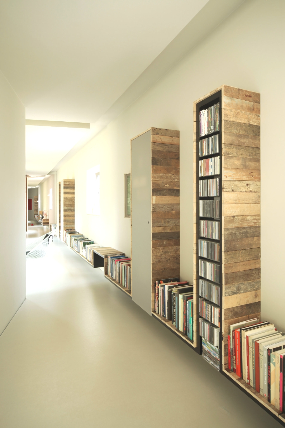 Contemporary-Home-Design-Biella-Italy-Adelto-09