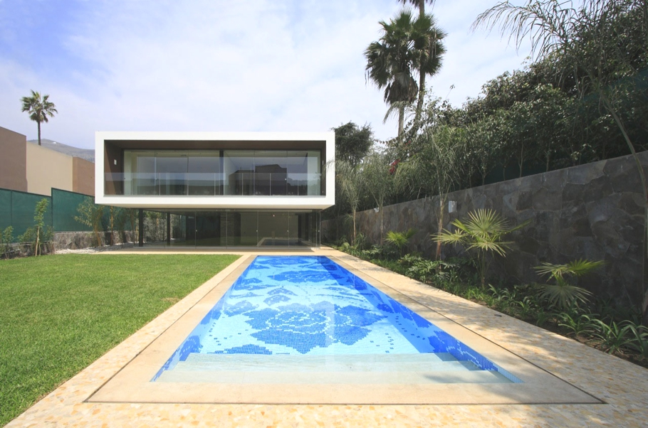 Contemporary-Homes-Lima-Peru-Adelto-04