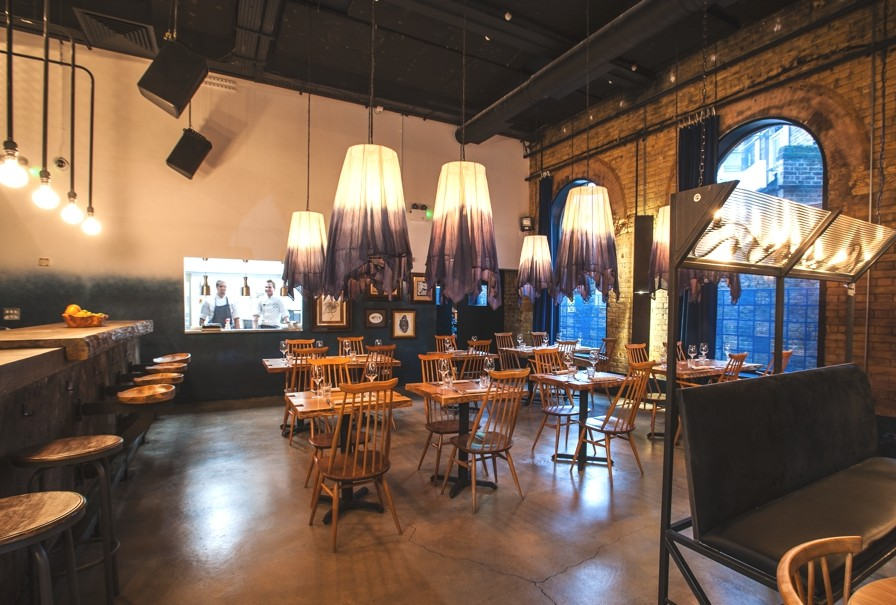 Contemporary-Restaurant-Bar-Design-London-Adelto-10