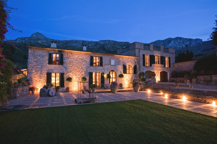 Luxury-Country-Estate-Mallorca-Adelto-00