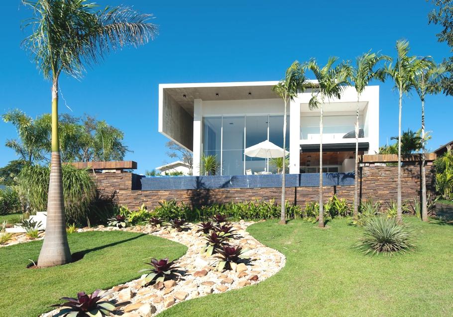Luxury-Homes-Brazil-Adelto-02