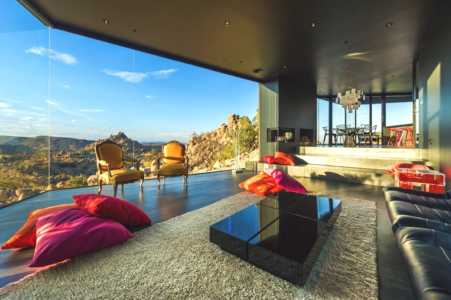 Luxury-Homes-California-Adelto-09