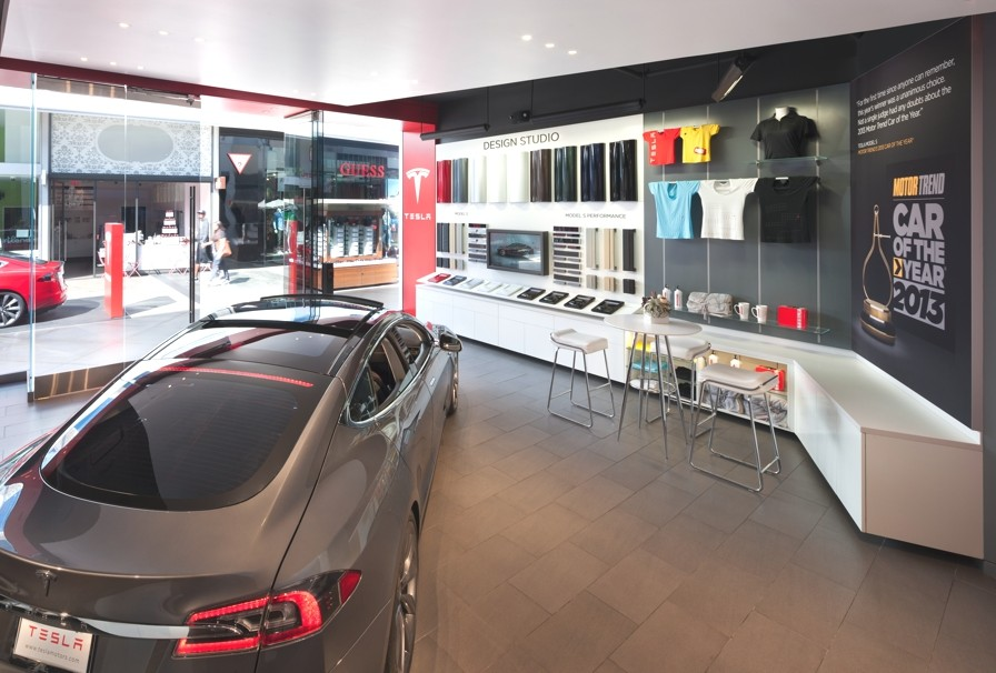 Tesla-Car-Showroom-Design-Los-Angeles-Adelto-03