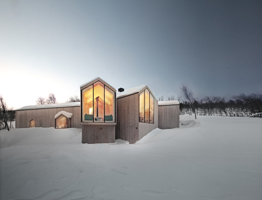 Contemporary-Holiday-Homes-Norway-Adelto-02