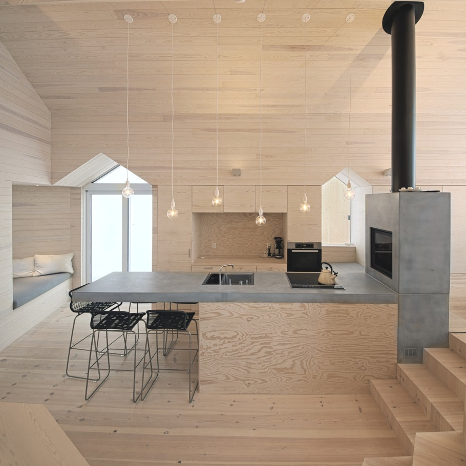 Contemporary-Holiday-Homes-Norway-Adelto-12