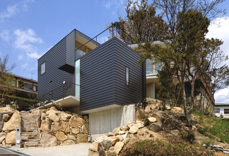 Contemporary-Home-Design-Japan-Adelto-01