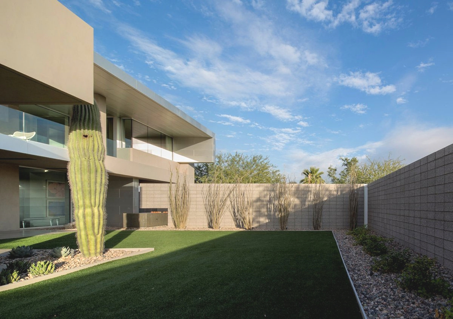 Contemporary-Homes-Arizona-Adelto-00